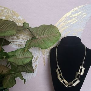 Kenneth Cole Gold Tone Necklace